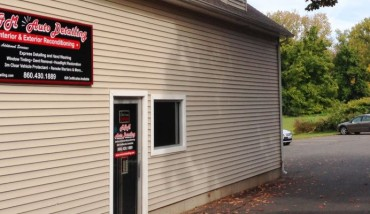 Looking for Car Detailing Near Me in CT Contact M&M Auto Detailing