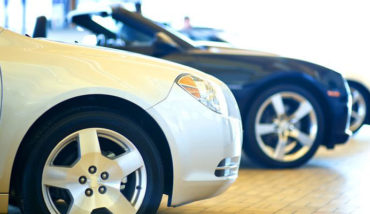 Which Color Car Gets Dirtiest the Fastest, Black or White